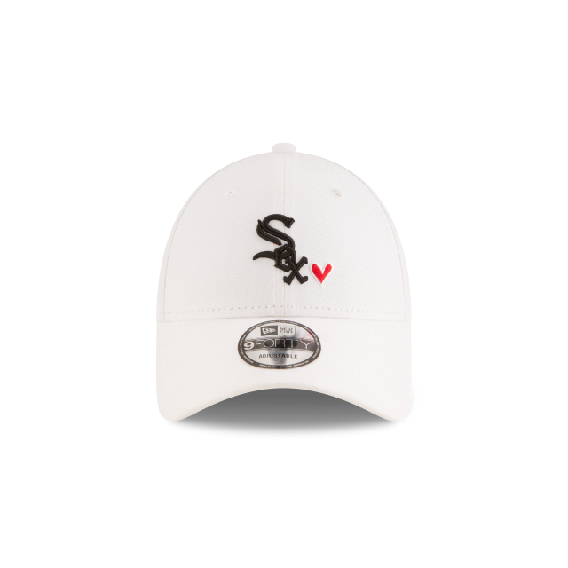 CHICAGO WHITE SOX HEART 9FORTY ADJUSTABLE Front view