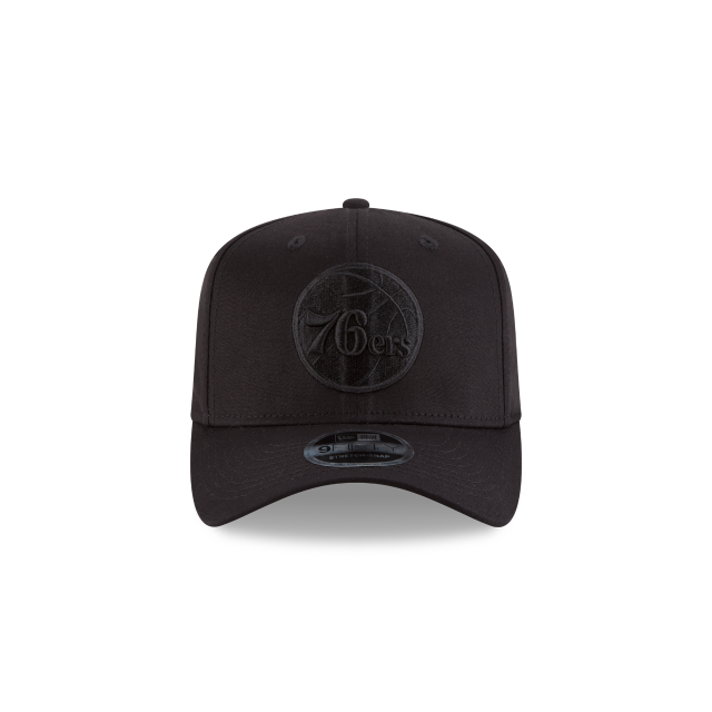 PHILADELPHIA 76ERS BLACK ON BLACK 9FIFTY STRETCH SNAPBACK Front view