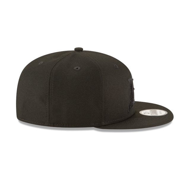 FLORIDA MARLINS BLACKOUT 9FIFTY SNAPBACK Right side view