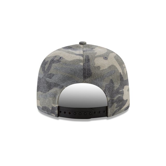 fe92f4d0277 ... 3 quarter right view. LOS ANGELES LAKERS CANVAS CAMO 9FIFTY SNAPBACK  Rear view