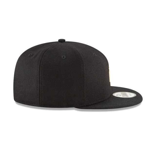LOS ANGELES CLIPPERS BADGE SLICK 9FIFTY SNAPBACK Right side view