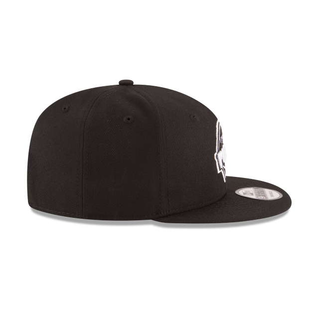 DETROIT PISTONS BASIC BLACK 9FIFTY SNAPBACK Right side view