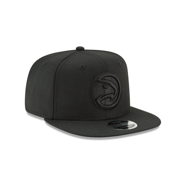 ATLANTA HAWKS BLACK ON BLACK HIGH CROWN 9FIFTY SNAPBACK 3 quarter right view