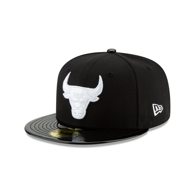 CHICAGO BULLS BLACK RETRO HOOK 59FIFTY FITTED 3 quarter left view