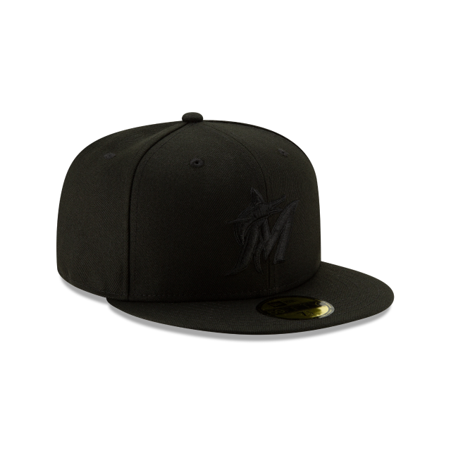 MIAMI MARLINS 2019 BLACKOUT BASIC 59FIFTY FITTED 3 quarter right view