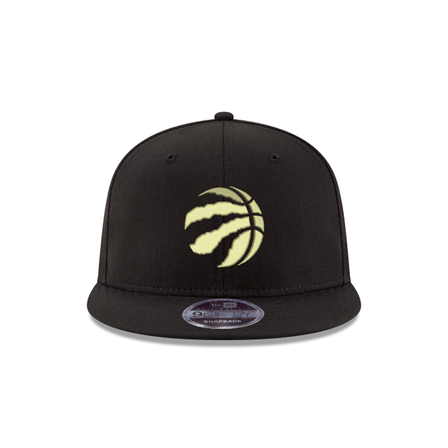 TORONTO RAPTORS BLACK & GOLD  9FIFTY SNAPBACK Front view