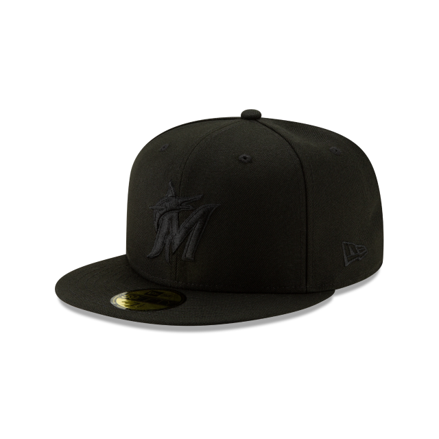 MIAMI MARLINS 2019 BLACKOUT BASIC 59FIFTY FITTED 3 quarter left view
