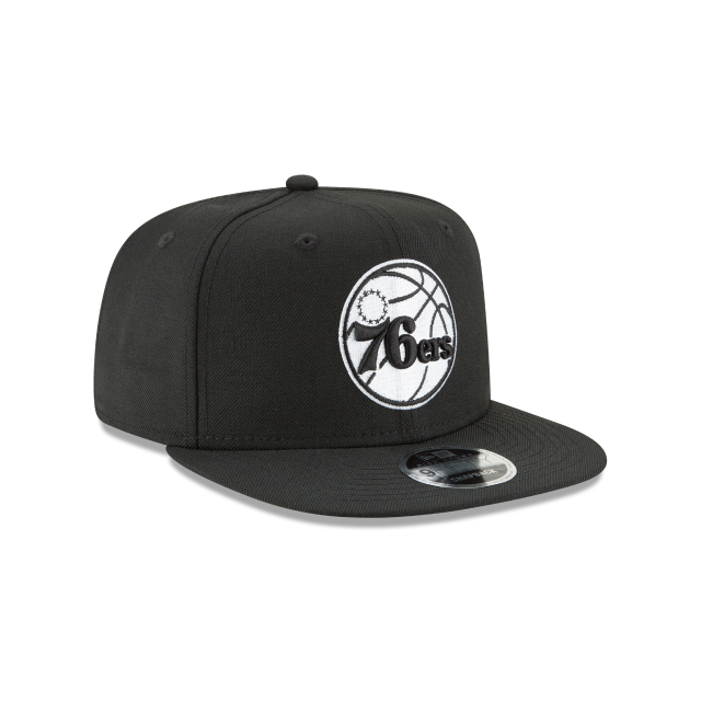 PHILADELPHIA 76ERS BLACK AND WHITE HIGH CROWN 9FIFTY SNAPBACK 3 quarter right view