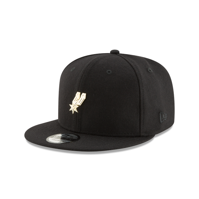 SAN ANTONIO SPURS BADGE SLICK 9FIFTY SNAPBACK 3 quarter left view