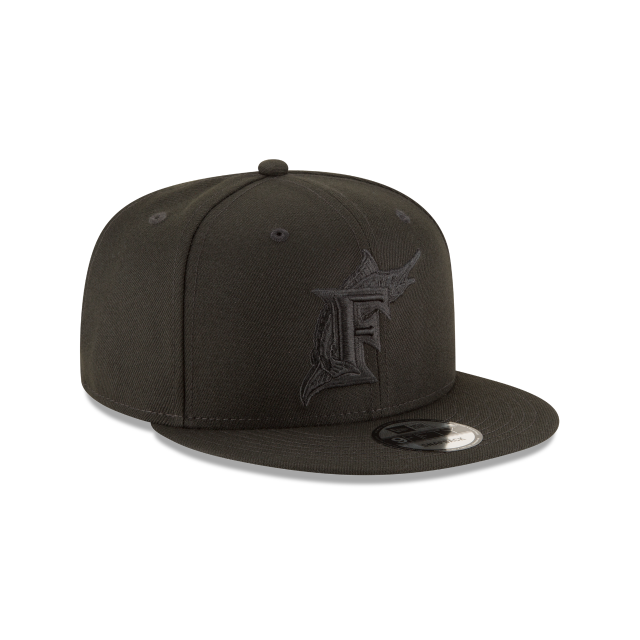 FLORIDA MARLINS BLACKOUT 9FIFTY SNAPBACK 3 quarter right view