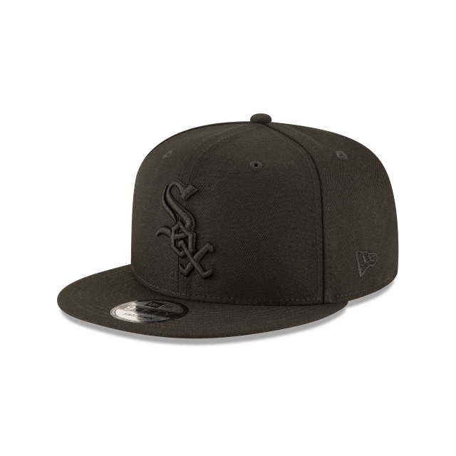 CHICAGO WHITE SOX BLACKOUT 9FIFTY SNAPBACK 3 quarter left view
