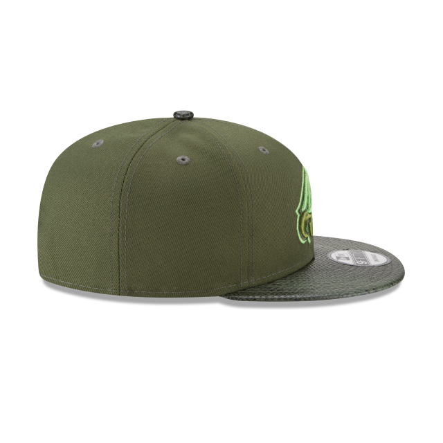 PHILADELPHIA EAGLES SNAKESKIN GREEN 9FIFTY SNAPBACK Right side view