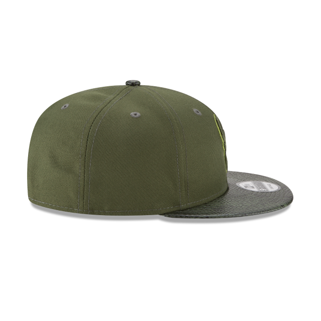 MILWAUKEE BUCKS SNAKESKIN GREEN 9FIFTY SNAPBACK Right side view