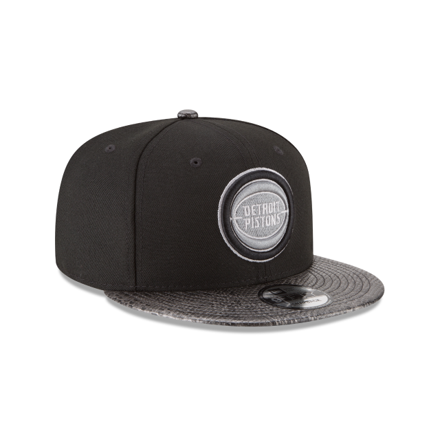 DETROIT PISTONS SNAKESKIN BLACK 9FIFTY SNAPBACK 3 quarter right view