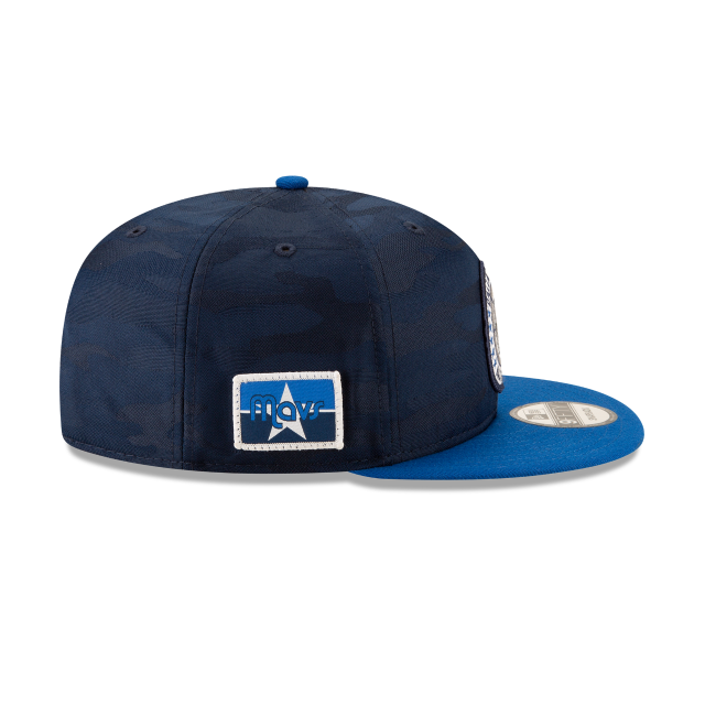 DALLAS MAVERICKS 2018 NBA AUTHENTICS: TIP OFF SERIES TWO-TONE 9FIFTY SNAPBACK Right side view